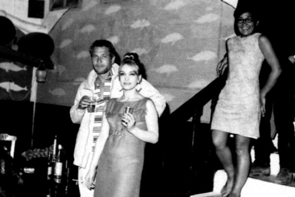 Famous actors, singers and celebrities from all over the world visited Semeli Hotel at the 60's.