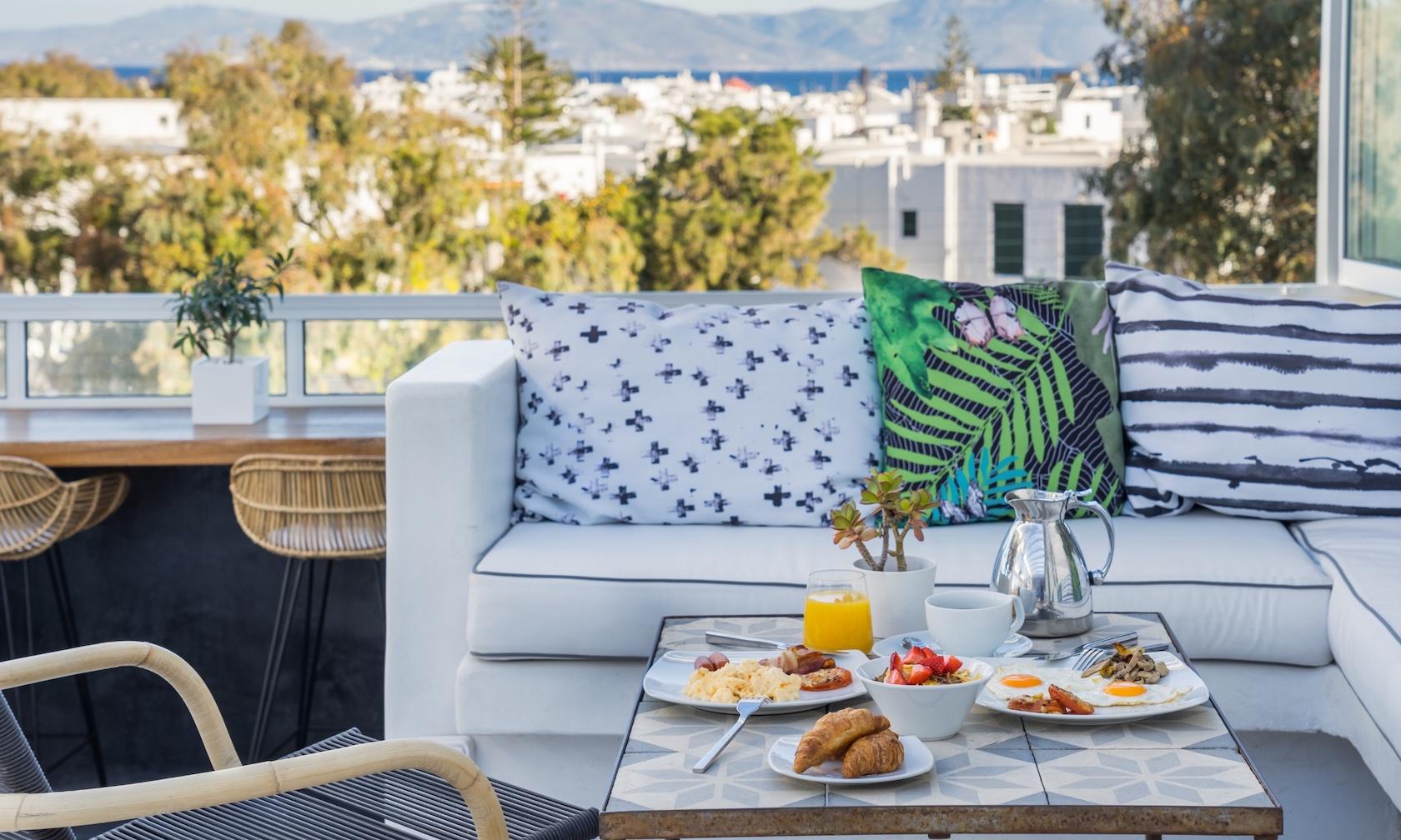 3 +1 great reasons to choose the Semeli best luxury boutique hotel Mykonos